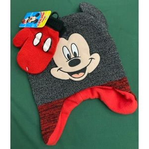 Disney's Mickey Mouse Toddler Boy Hat/Mittens Set
